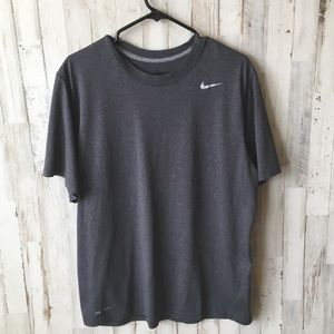 Nike dri- fit  T shirt size large
